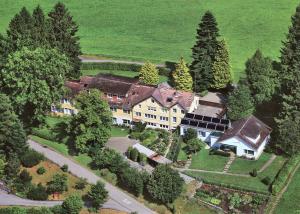01. Mutterhaus